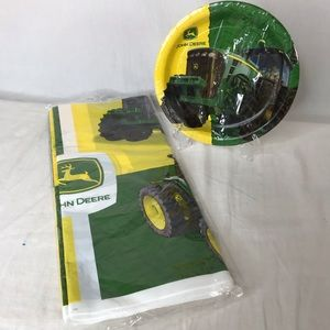 John Deere Plastic Tablecloth and 8 Dessert Plates
